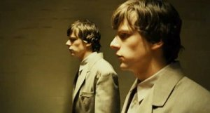 jesse-eisenberg-annoyed-by-his-doppelganger-in-the-double